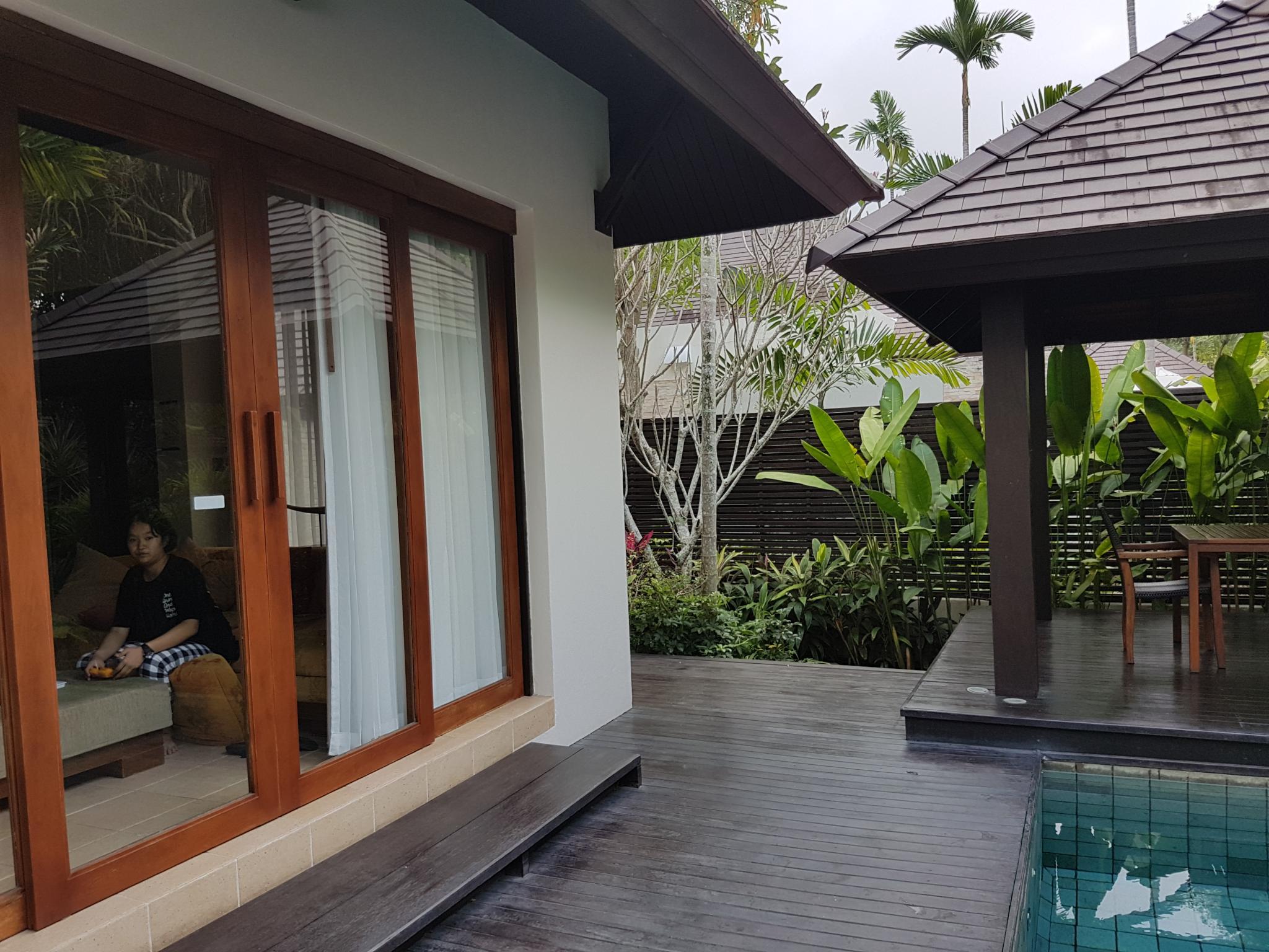Bang Saray beach wedding & villa.-20191227_133239-jpg