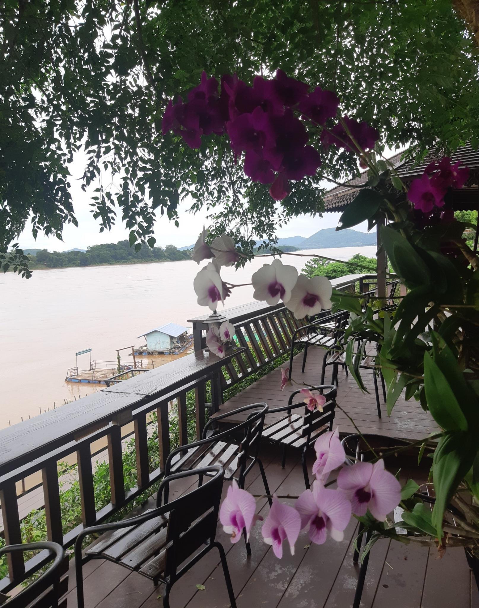 Chiang Khan, the wet weekend-ck2-jpg