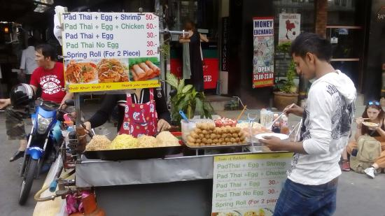 The Khao San Road in Pictures-street-food-jpg