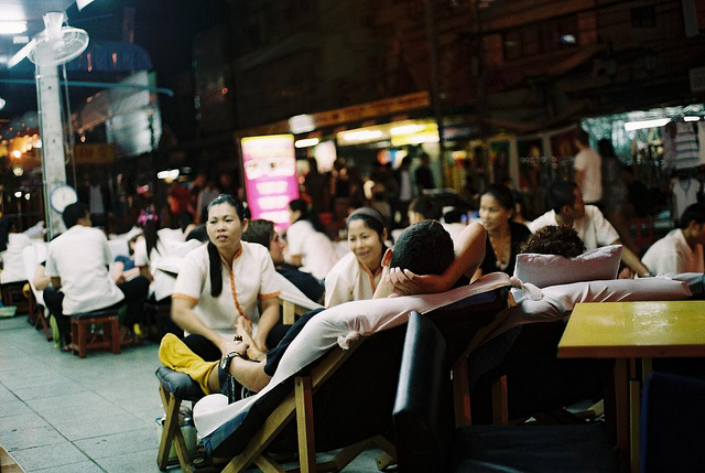 The Khao San Road in Pictures-5525077147_45f8cce522_z-jpg