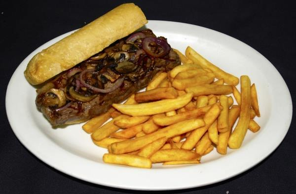 Drunk food-1655915_10151839045751266_1133014599_steak-sandwichn-jpg
