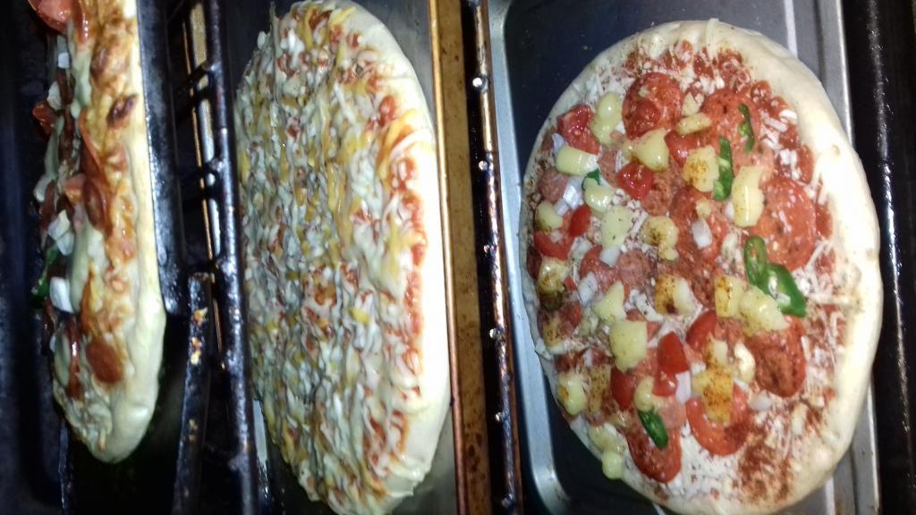 Chittys Pizza Emporium-20181027_190933-jpg