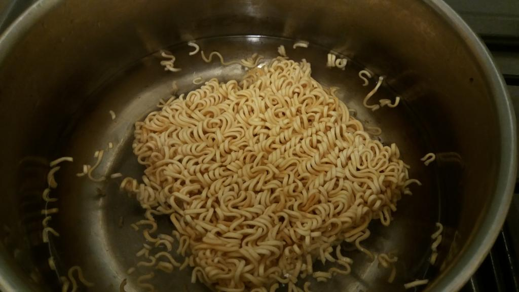 How to cook Mama noodles correctly.-20190904_203021-jpg