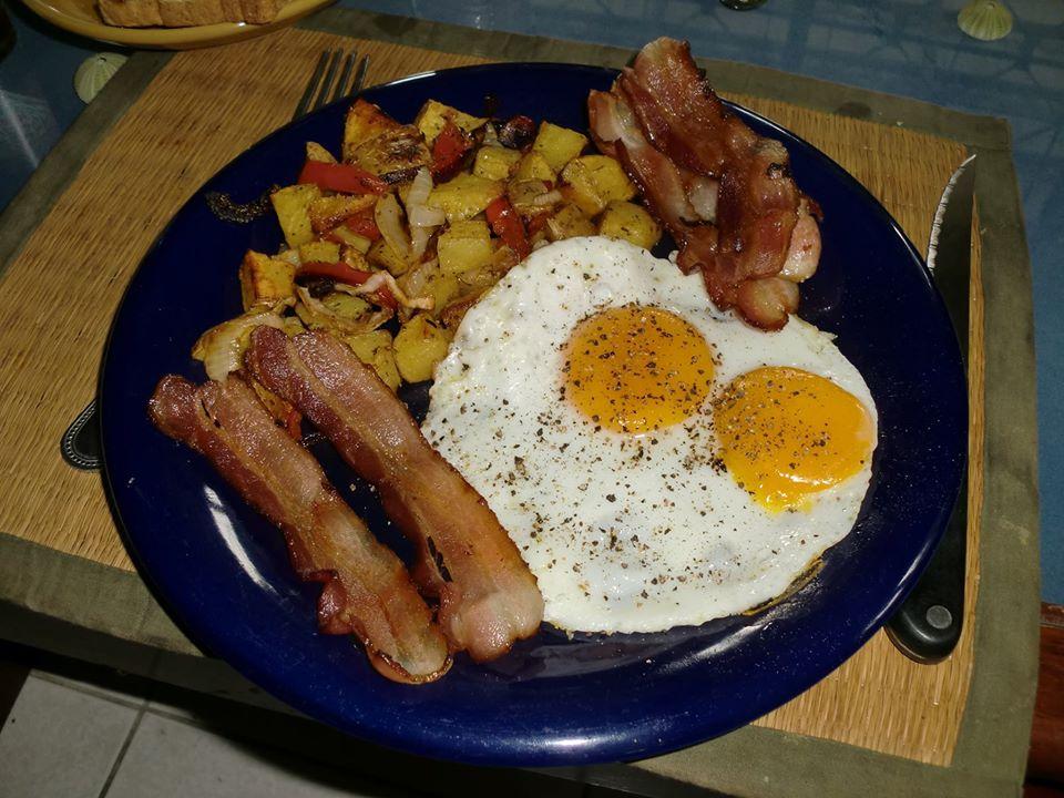Breakfast-1978561_10151932117896266_9151487818676868485_o-jpg