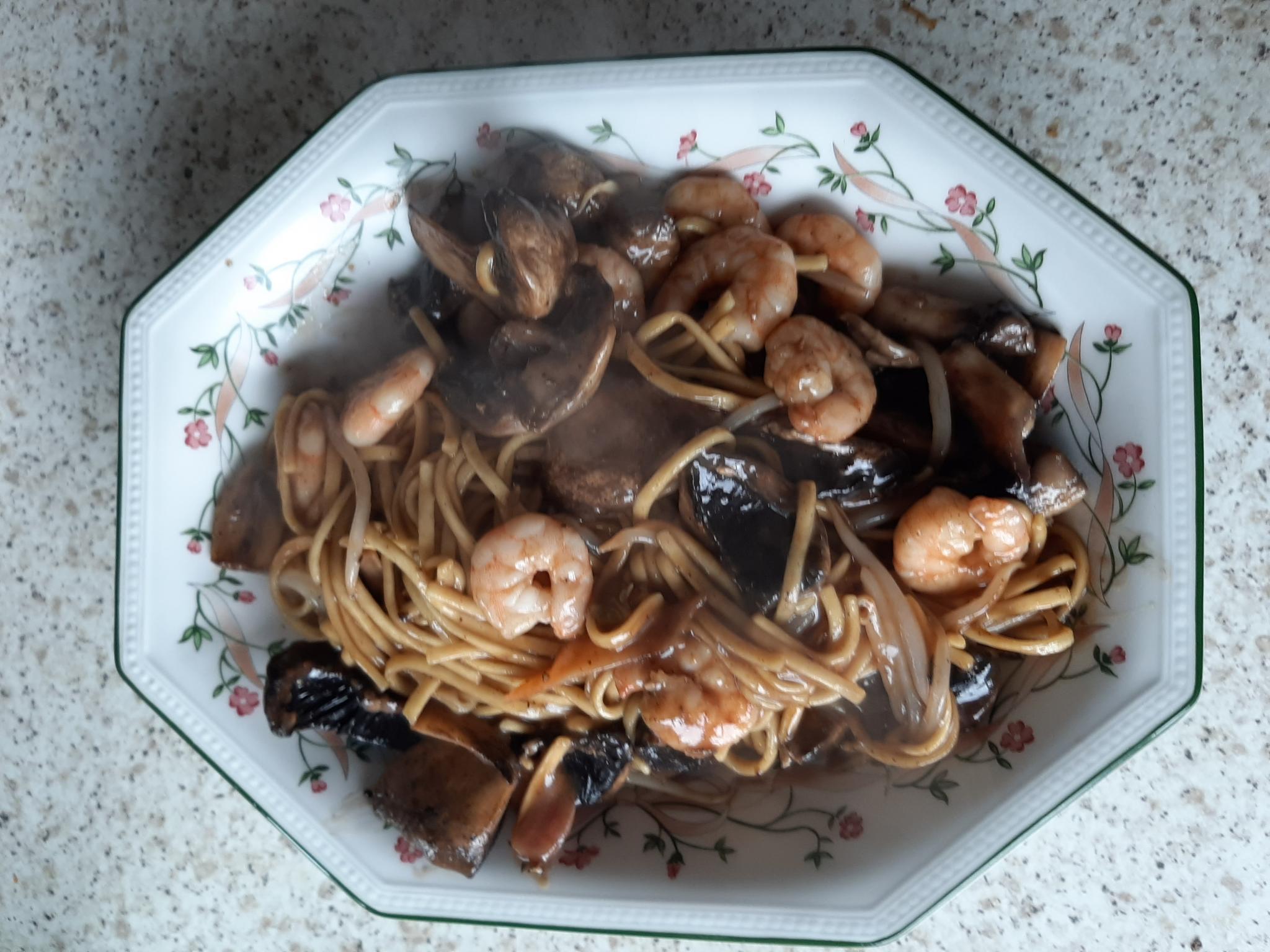 Prawn Hoisin & Plum Egg Noodles With Side Salad-20200610_173645-jpg