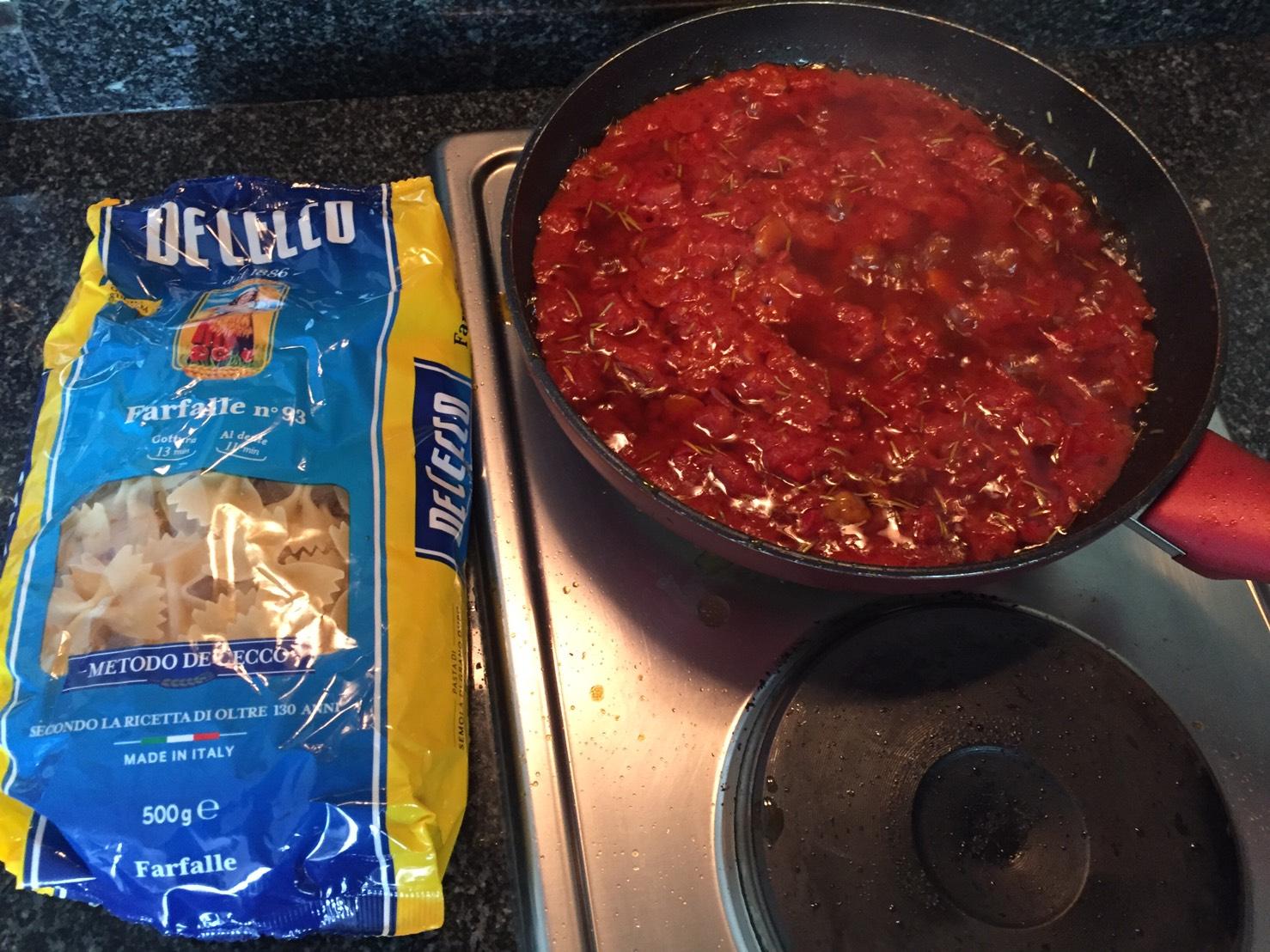 I Remember Nonna 15 (Tomato rosemary balsamic sauce)-s__7979012-jpg