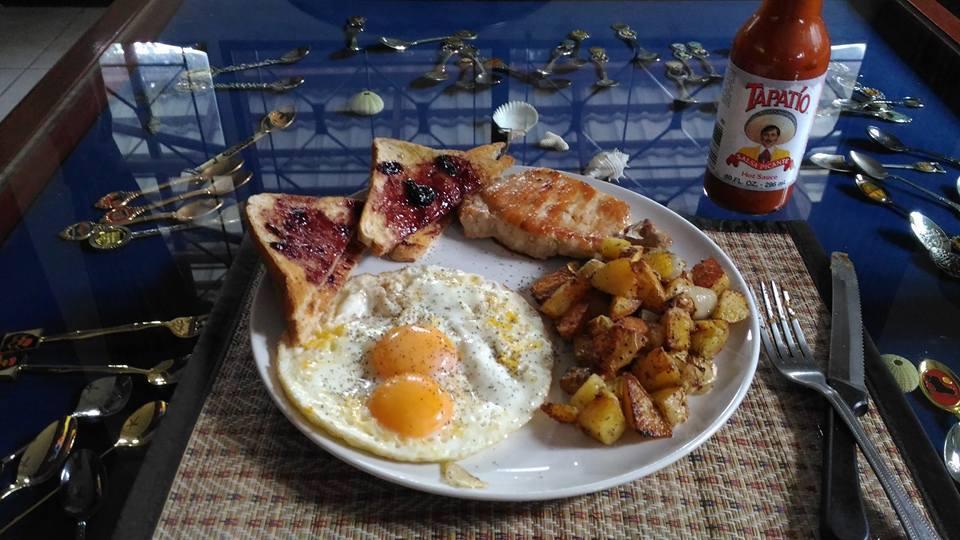 Breakfast-13612367_10153504354696266_3535607084019674828_n-jpg