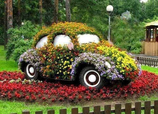 Dinner-old-vehicle-garden12-jpg