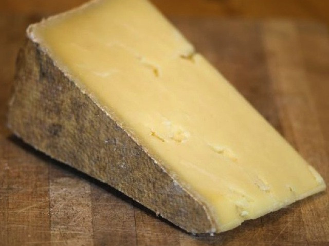 The Teakdoor Cheese Thread-products-vintage-lincolnshire-poacher-cheese-jpg
