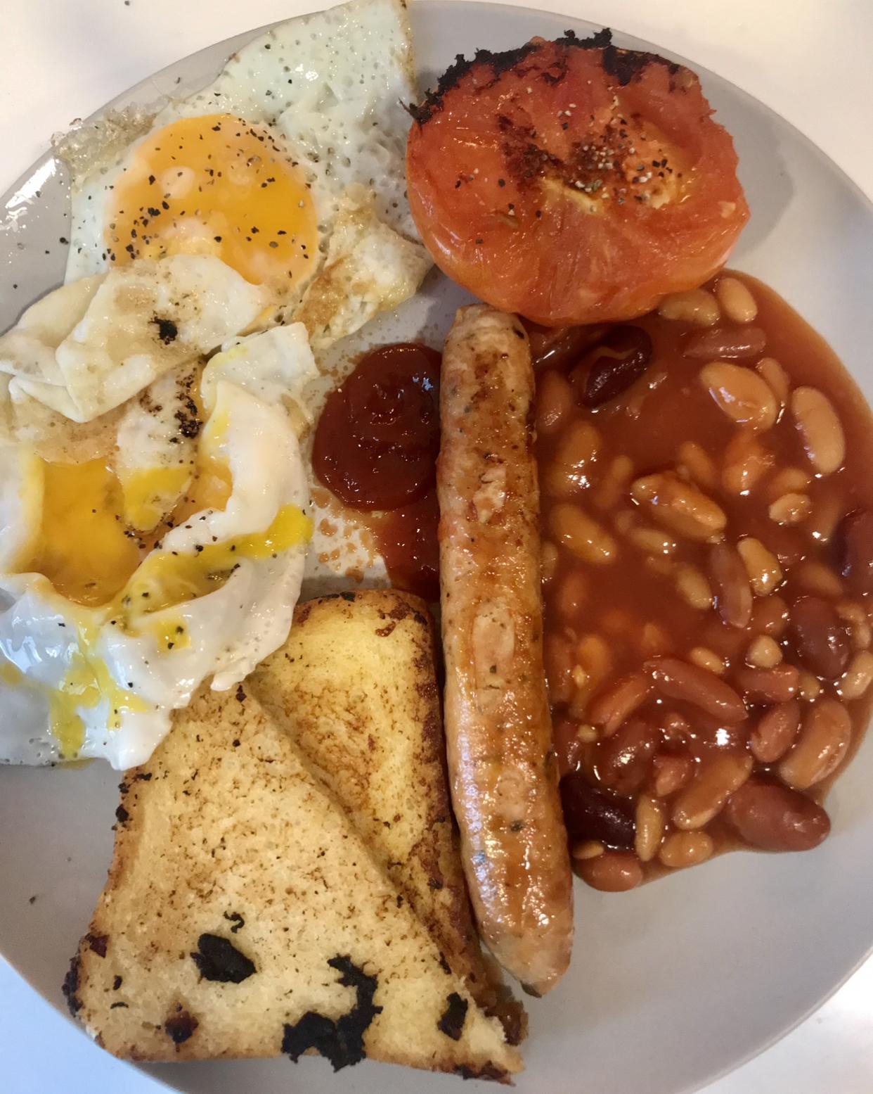 Breakfast-85cd15f9-2c37-462d-921a-339c85b624bf-jpeg