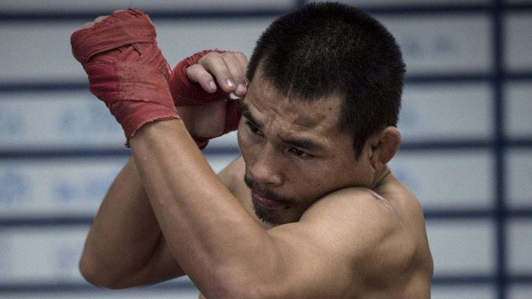 Wanheng Menayothin retires unbeaten in 54 fights: Is boxing's best record a sham?-wan1-jpg