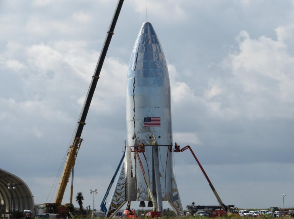 SpaceX - On to Mars-dwagucwxqae6cn1-jpg