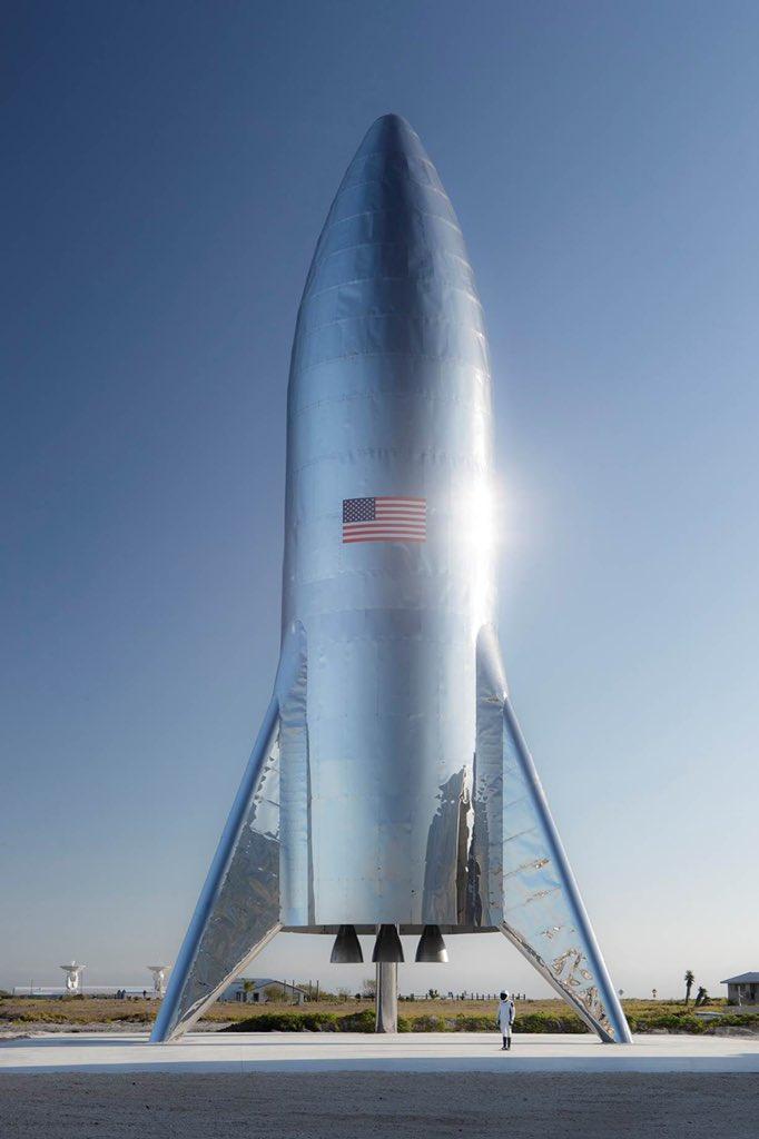 SpaceX - On to Mars-dwmagbzx4aebun-jpg