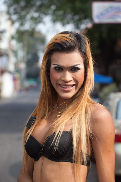 Off to Luang Prabang to rent a house this weekend-thai-ladyboy1-jpg
