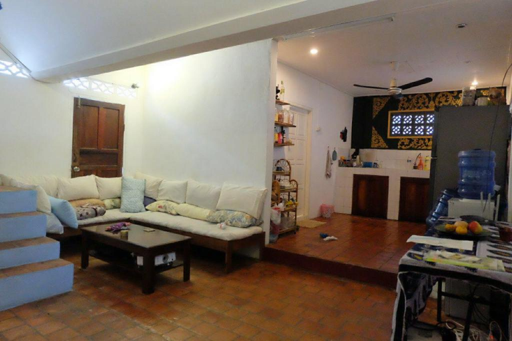 Off to Luang Prabang to rent a house this weekend-62619454_456439154921005_5624543068939091968_n-jpg