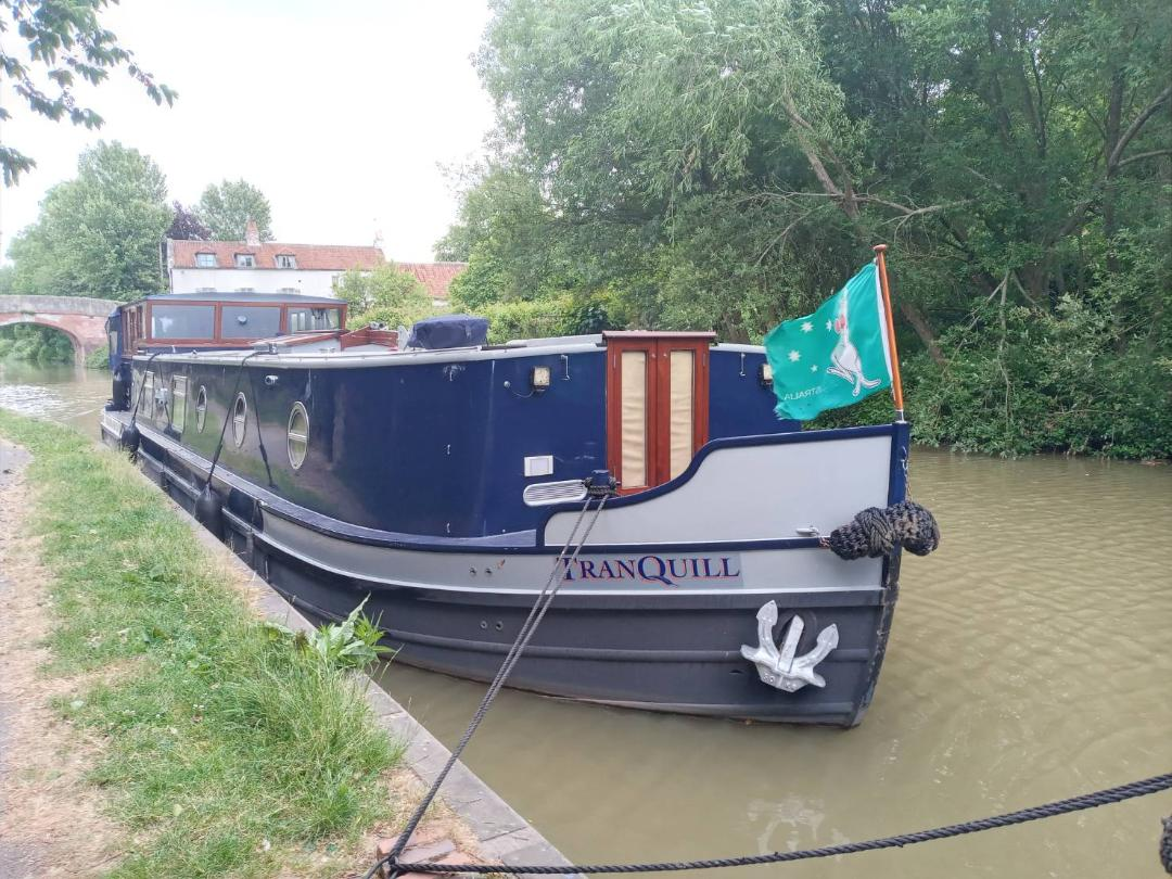 Post any pic anytime as many as u like-thames-bargev2-jpg