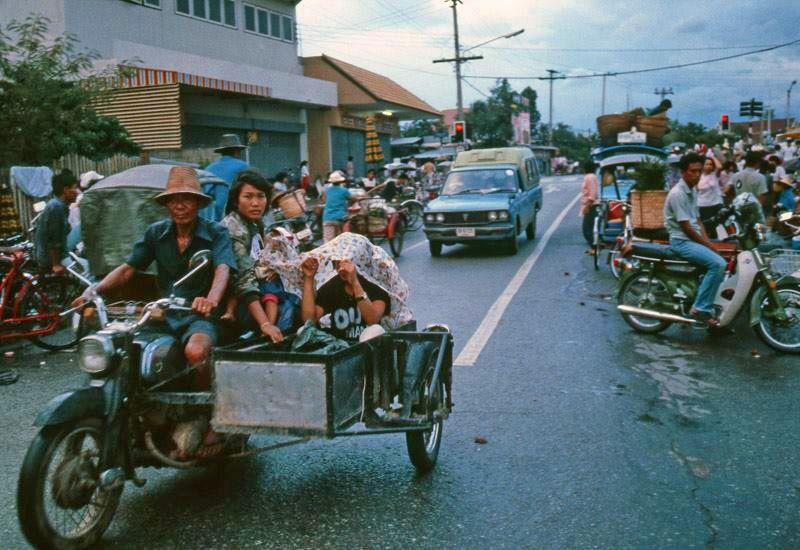 Memory Lane (In my own language)-1980-006-nakonpingbridg-jpg
