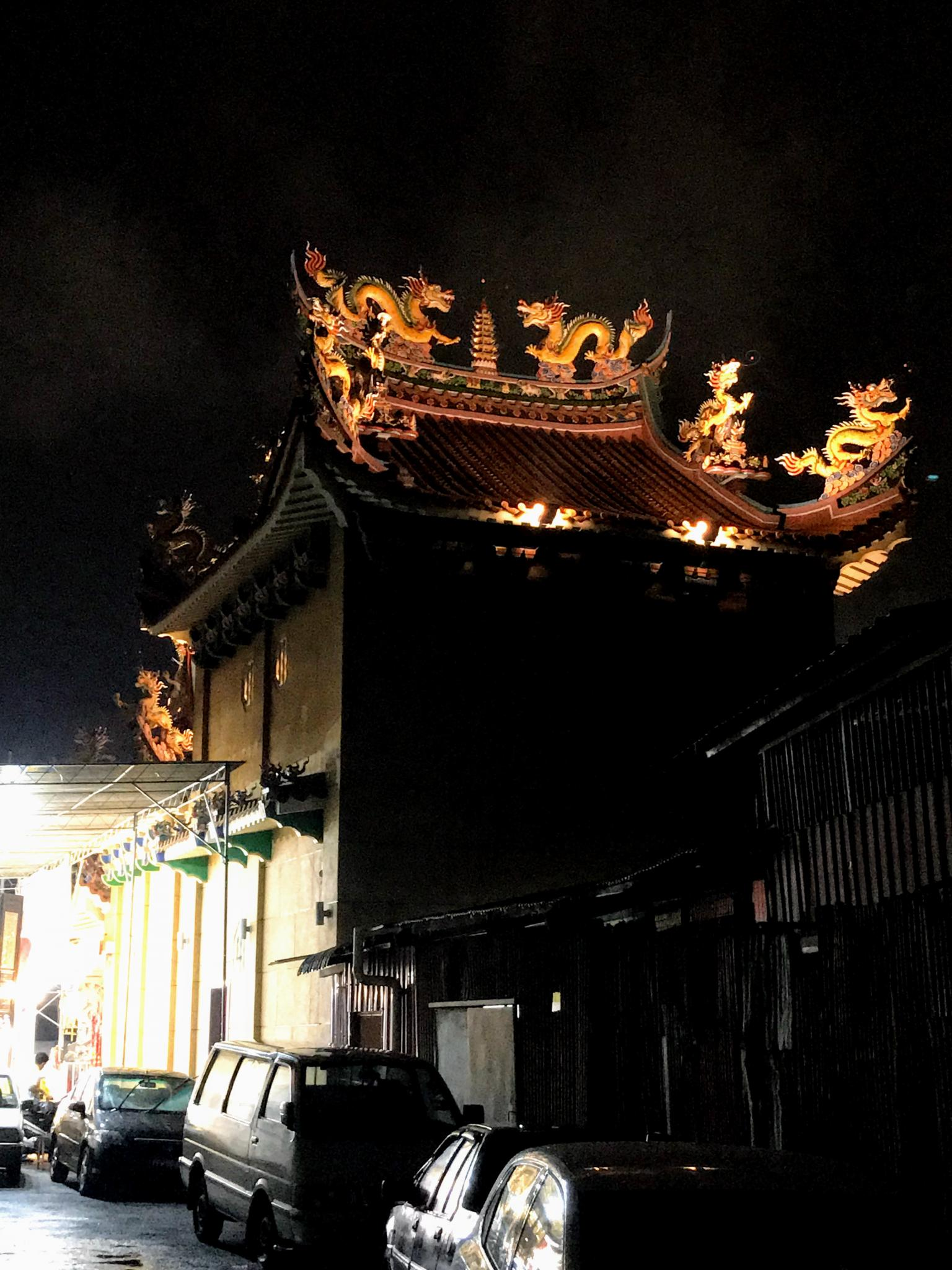 Post a photo a week, of anything/anywhere-penang-chinese-temple-night-jpg