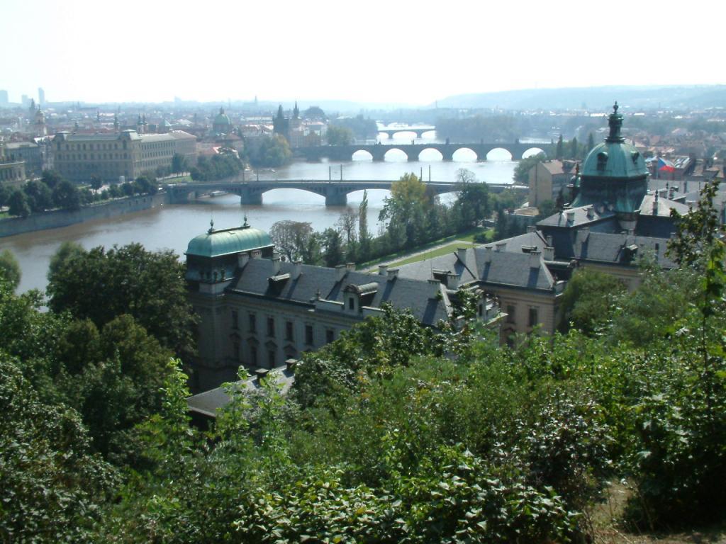 Prague Pics-bridges-jpg