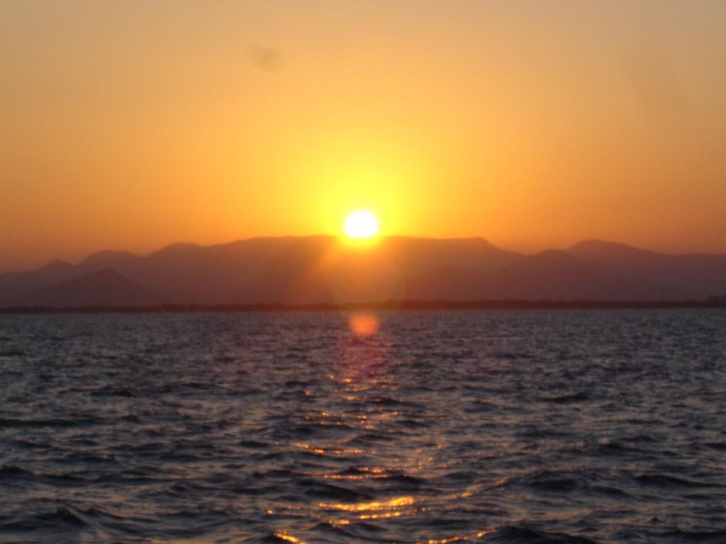 Our Favourite Sunsets-saroca-07-02-055-jpg