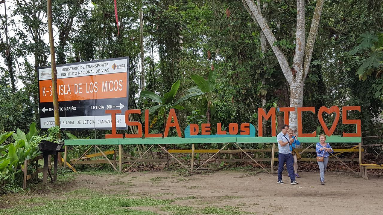 The Amazon-isla-jpg