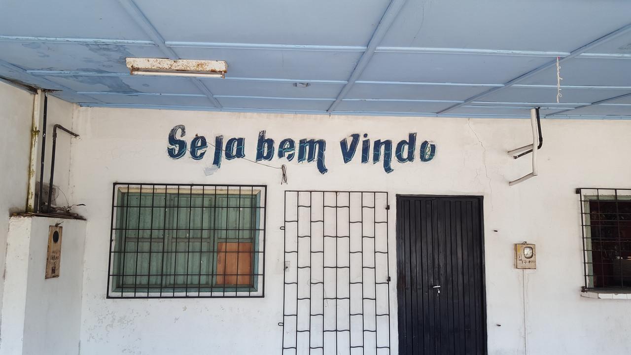 The Amazon-brazil-bars-11-jpg
