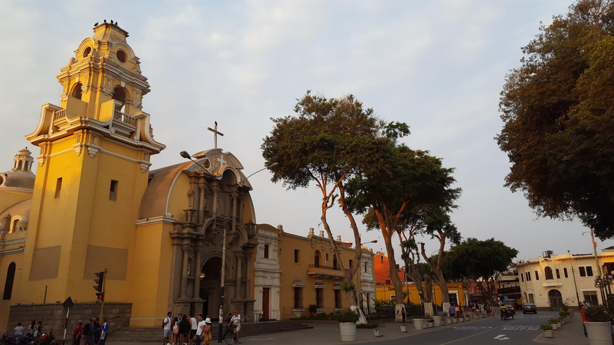 Peru: Lima, Cusco and Machu Picchu-old-town-jpg