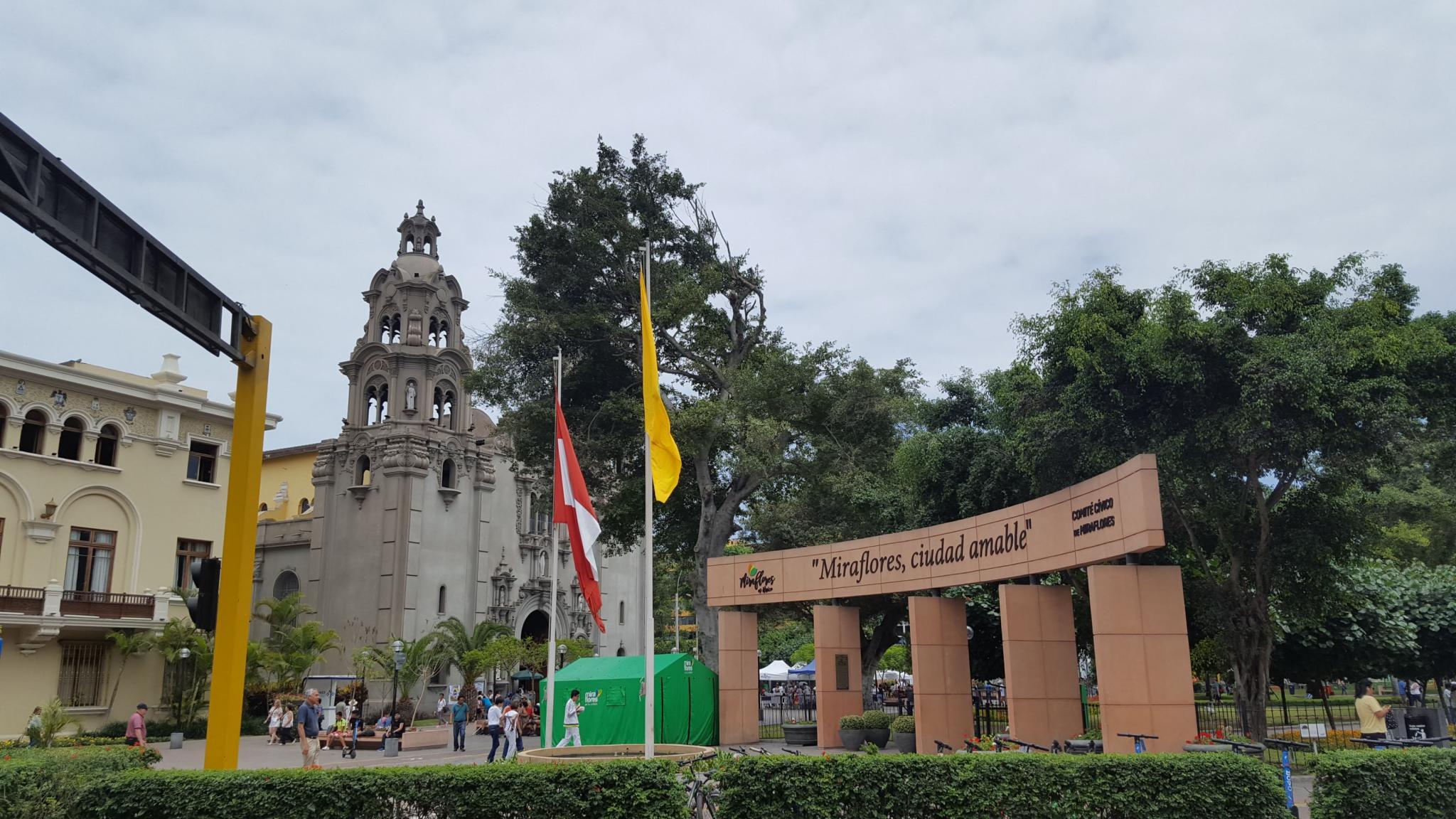 Peru: Lima, Cusco and Machu Picchu-miraflores-jpg