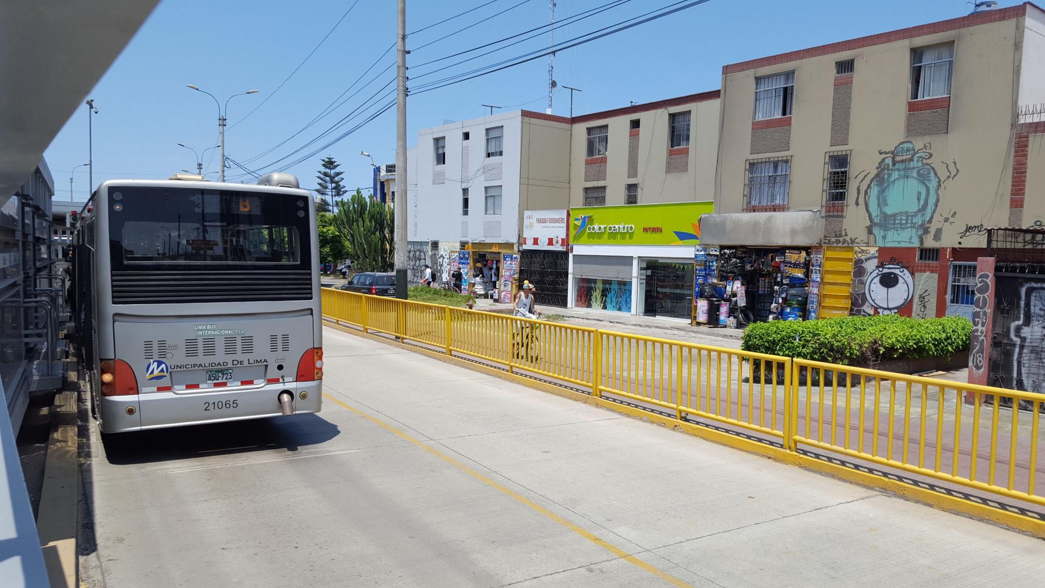 Peru: Lima, Cusco and Machu Picchu-bus-lane-jpg