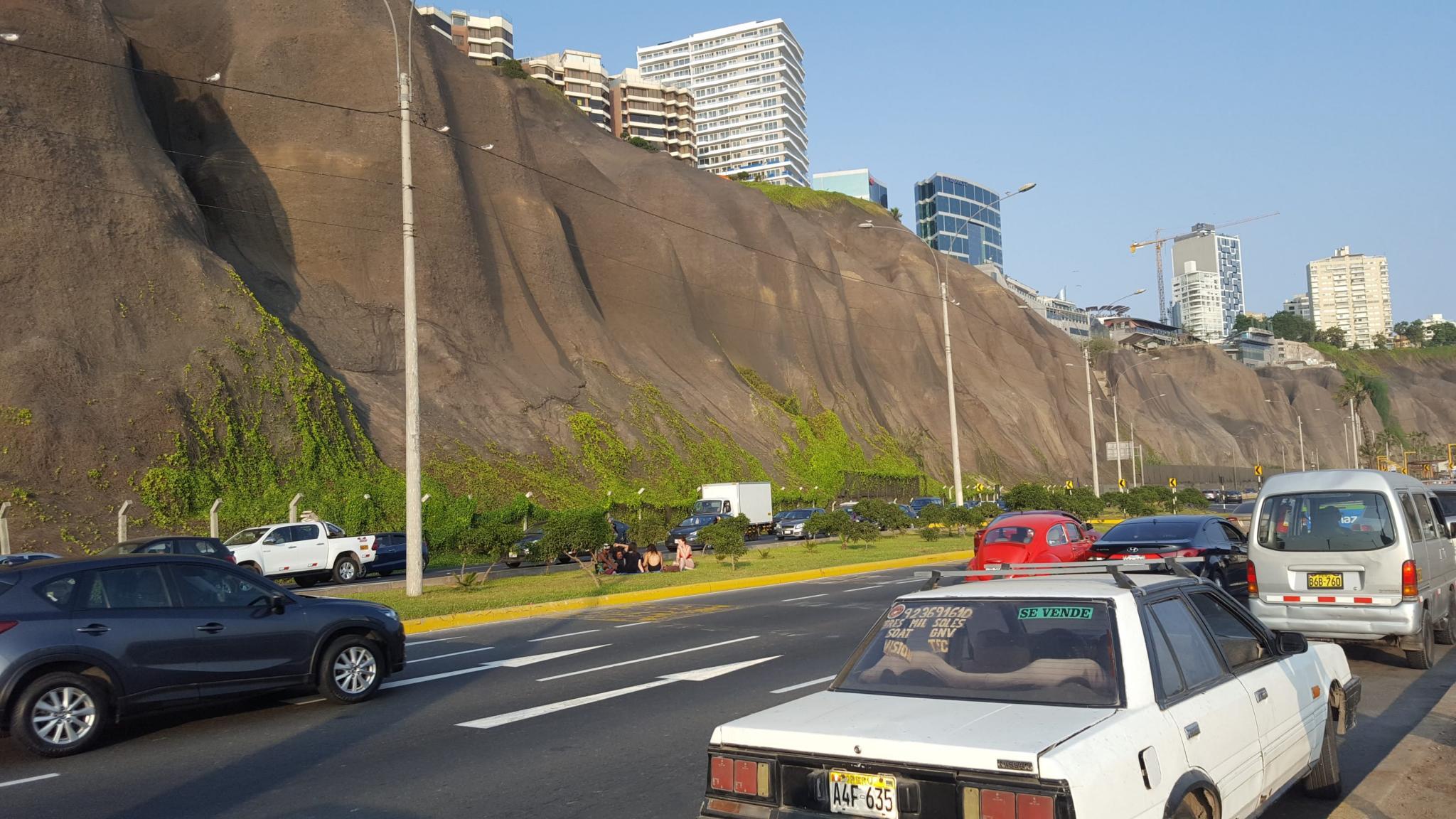 Peru: Lima, Cusco and Machu Picchu-road-back-jpg