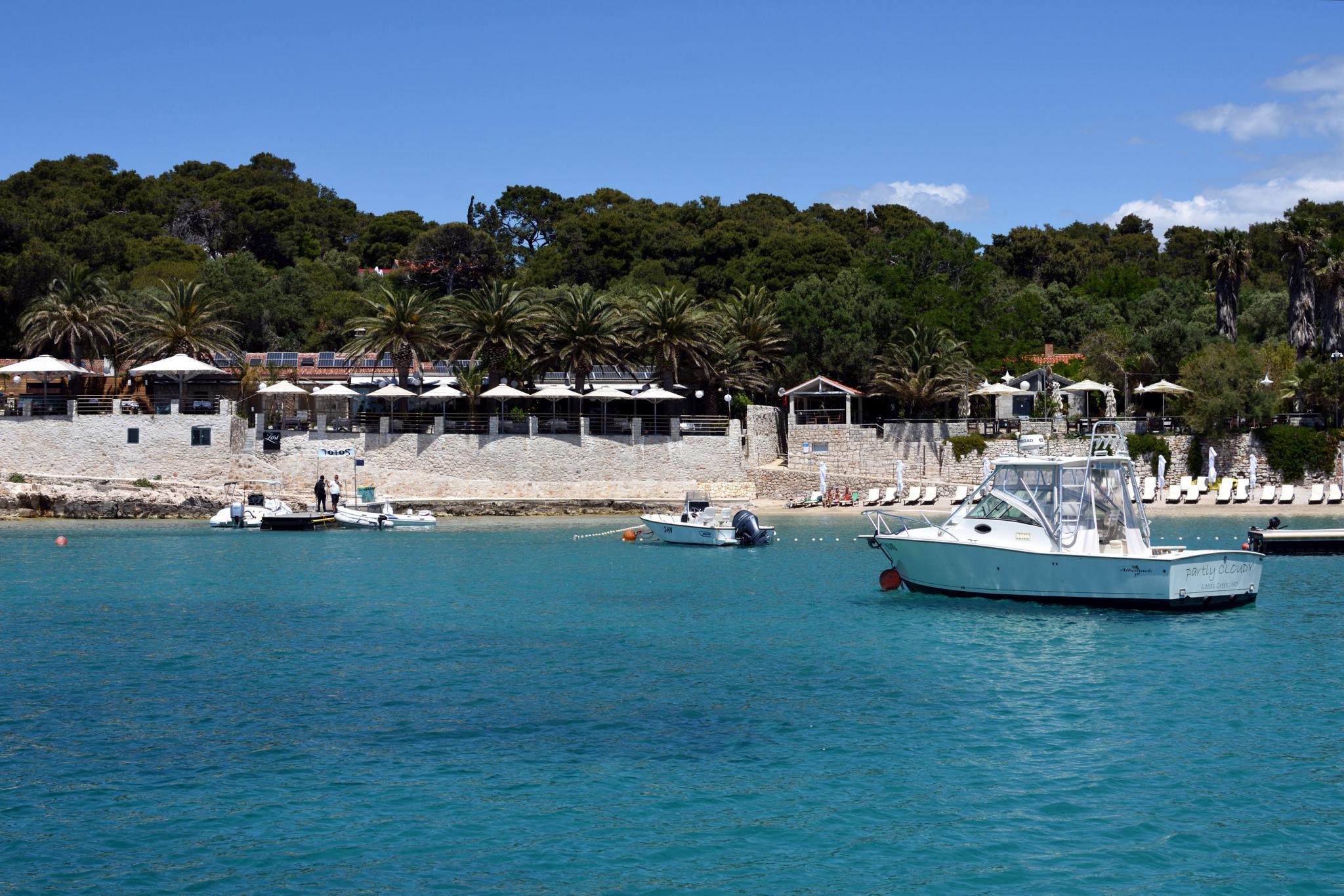 Week Sailing in Croatia-vinogradiske_2482_02-jpg