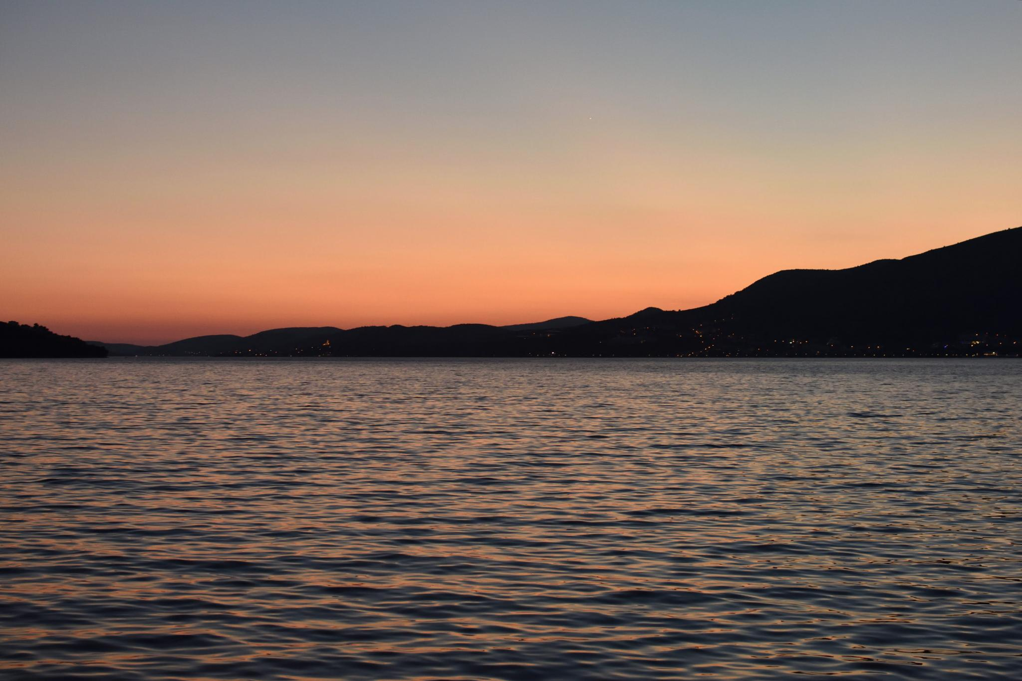 Week Sailing in Croatia-sunset_2684_02-jpg