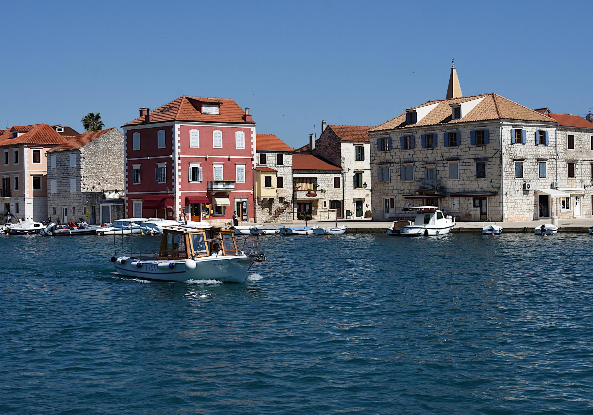 Week Sailing in Croatia-milna_2615_02-jpg
