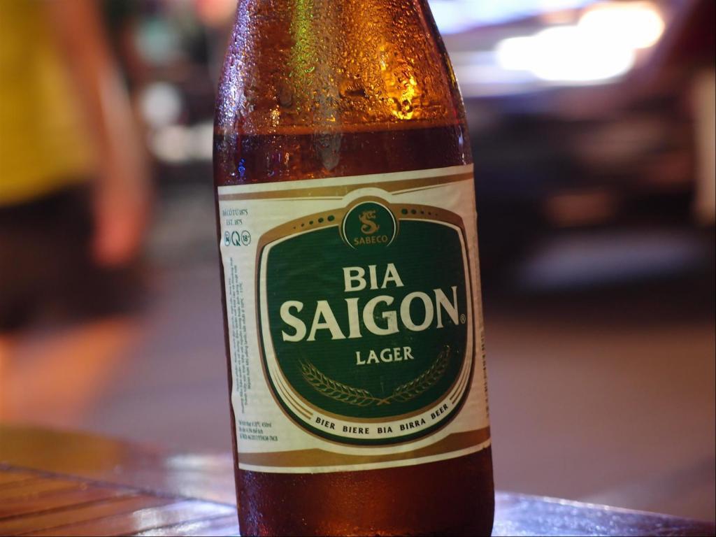 A Stroll around Saigon-pb302077-jpg