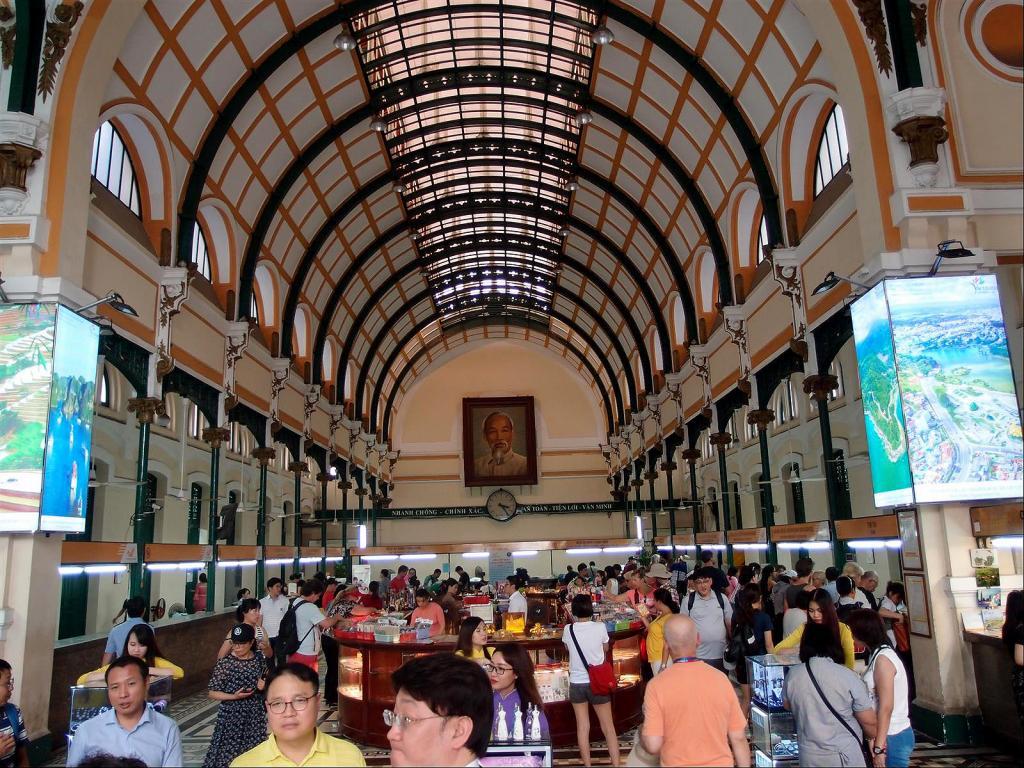 A Stroll around Saigon-pb302104ls-jpg