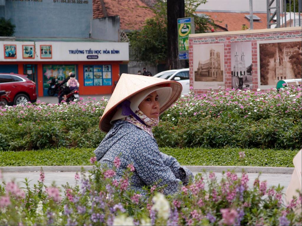 A Stroll around Saigon-pb302123ls-jpg