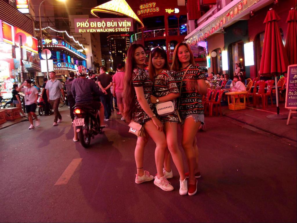 A Stroll around Saigon-pc012249ls2-jpg