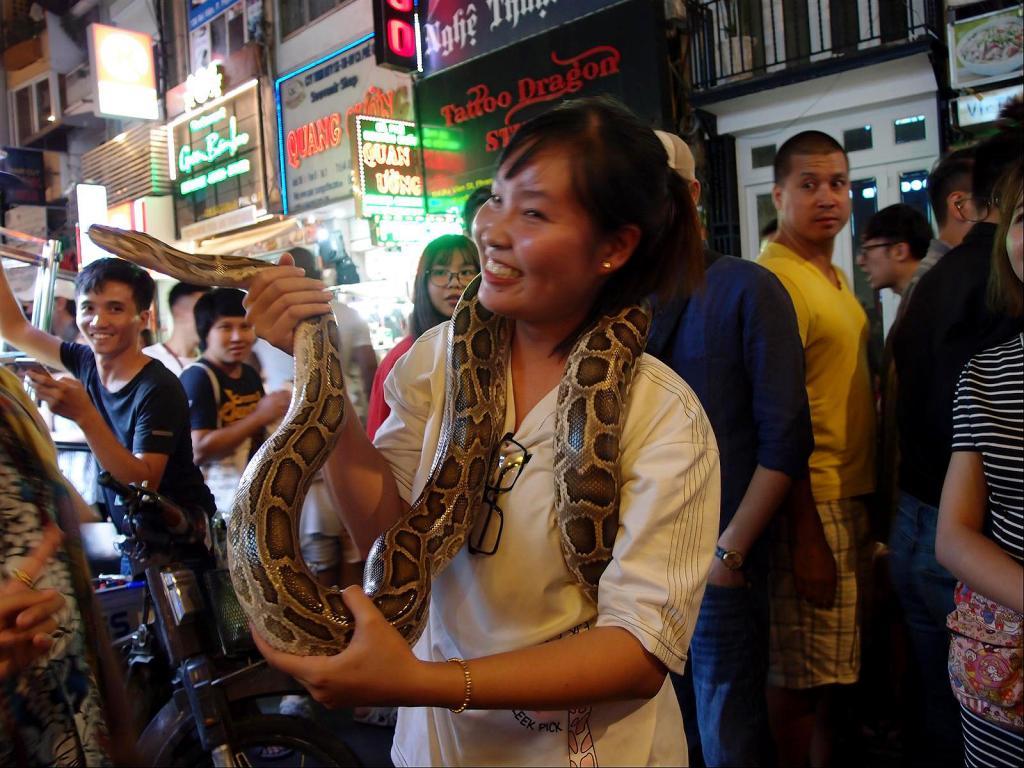 A Stroll around Saigon-pc022372-jpg