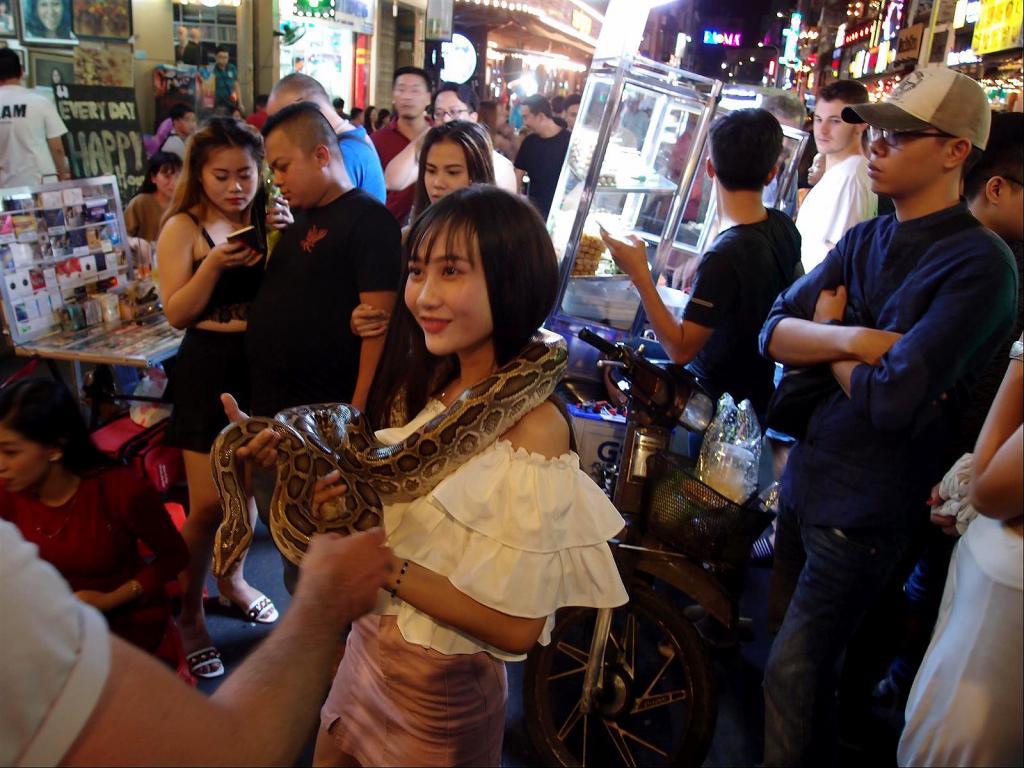 A Stroll around Saigon-pc022381-jpg