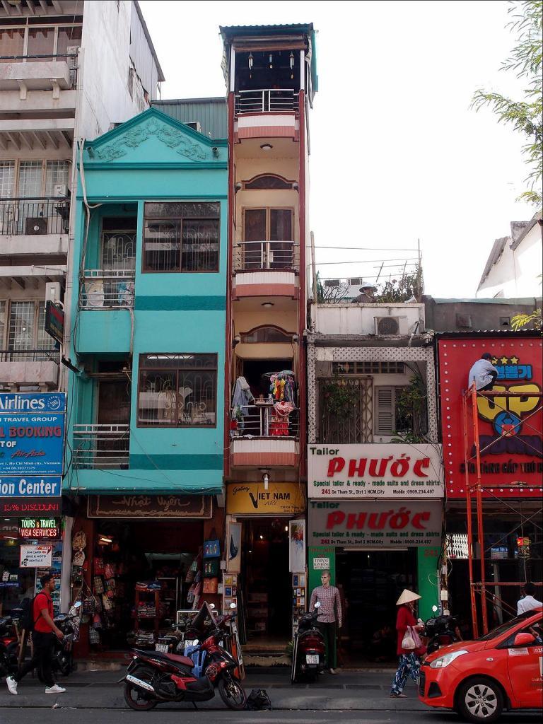 A Stroll around Saigon-pc022392-jpg