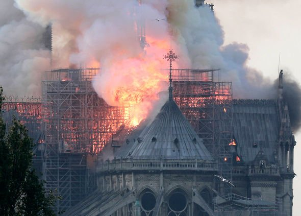 Notre Dame cathedral in Paris engulfed by devastating fire-notre-dame-fire-1828713-jpg