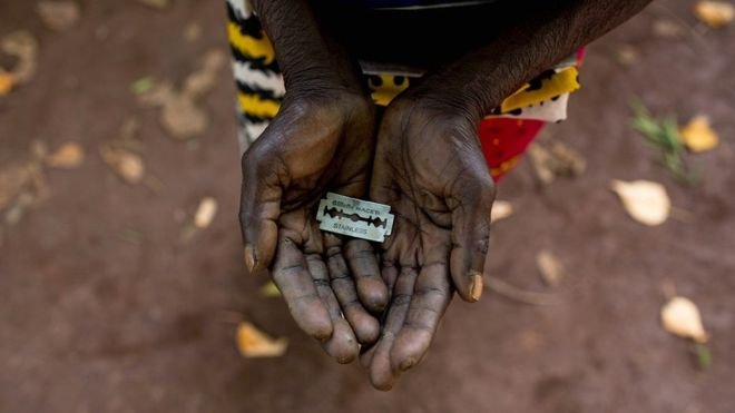 Sudan criminalises female genital mutilation (FGM)-_105476832_1a-gettyimages-479424530-jpg