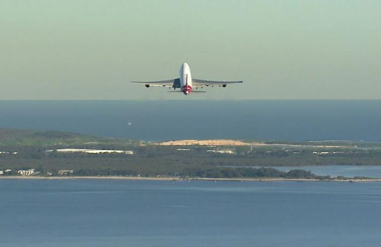 Airline News-screenshot_2020-07-23-last-qantas-boeing