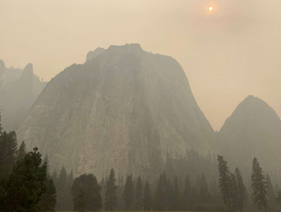 The entire Western US is ablaze in massive wild fires-920x1240-jpg