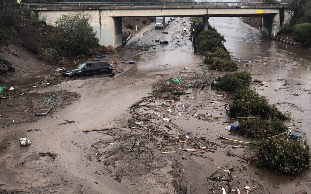 Mudslide kills 13 in Southern California-telemmglpict000150890460_trans_nvbqzqnjv4bqedjtm7jpzhsgr1_8apewqa1vlvhkmtvb21dmmpqbfes-jpg